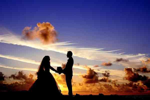 Na co zwrócić uwagę przy wyborze fotografa ślubnego z Warszawy?